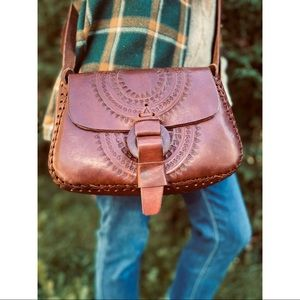 VINTAGE tooled leather boho crossbody purse